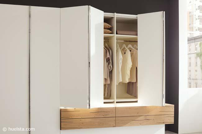 GENTIS Hat Zwei Betten Im Programm: Das Moderne Designbett Ist In Einer  Niedrigeren Einstiegshöhe Konzipiert. Die Variante Bietet Eine Gehobene, ...
